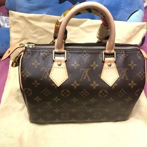 🌺AUTHENTIC LV SPEEDY 25🌺JUST SHARING MY NEW BABY